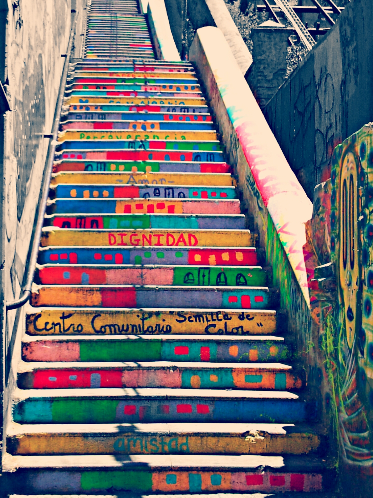 Valpara 237 So Chile Stairs Colorful Streetart Chile Stair